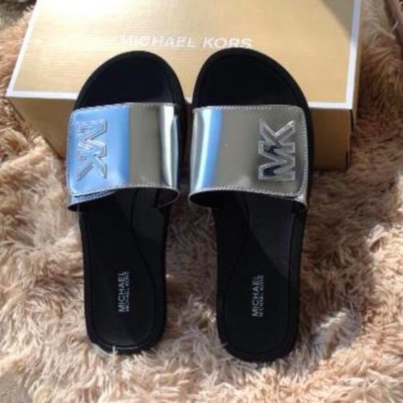61b0c5be00e6 Michael Kors Mirror Metallic Silver Slides